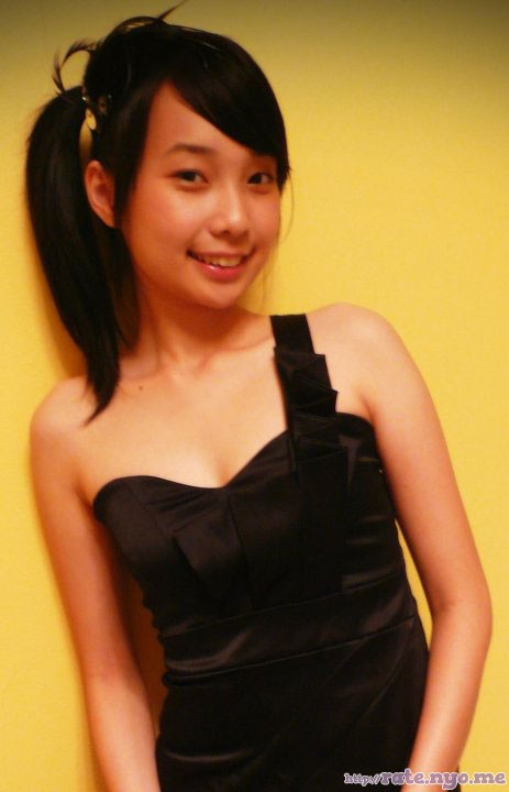 breasts malaysian non-celebrity sleeveless smiling