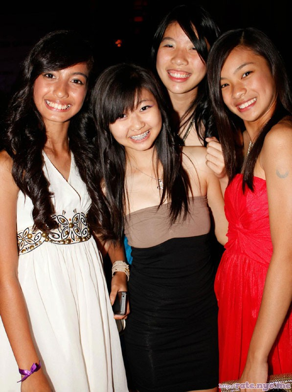 braces breasts dress four_girls malaysian non-celebrity smiling