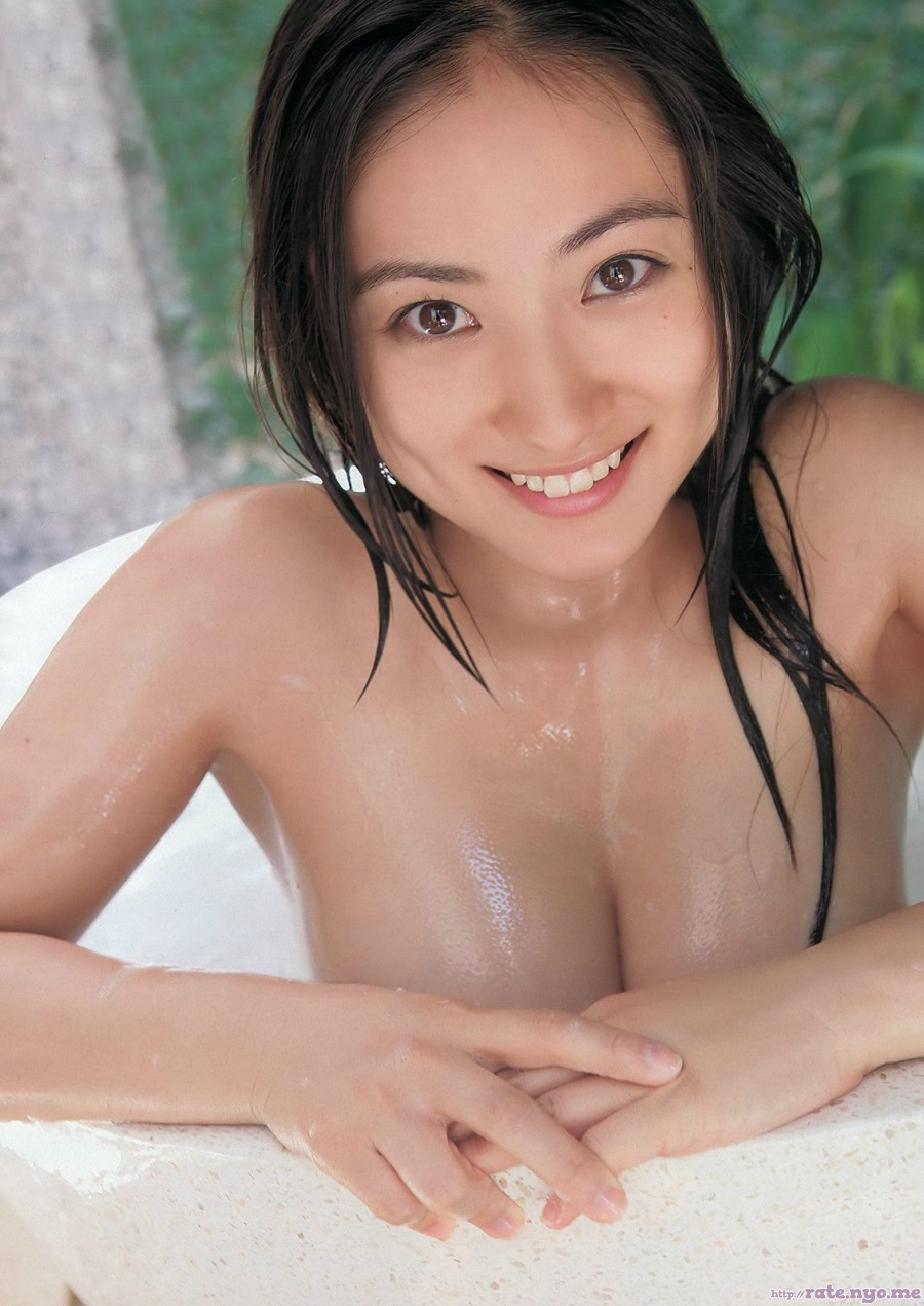 armpits bathtub breasts cleavage japanese saaya_irie wet