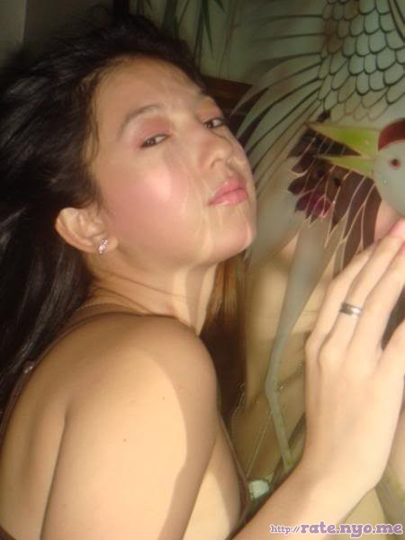 breasts filipina maui_taylor shoulders