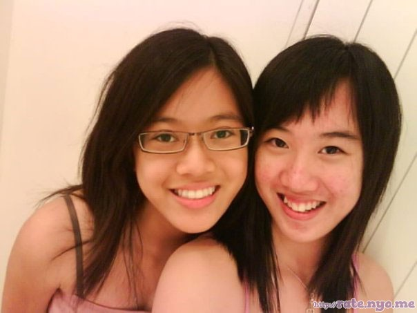 glasses malaysian non-celebrity smiling two_girls