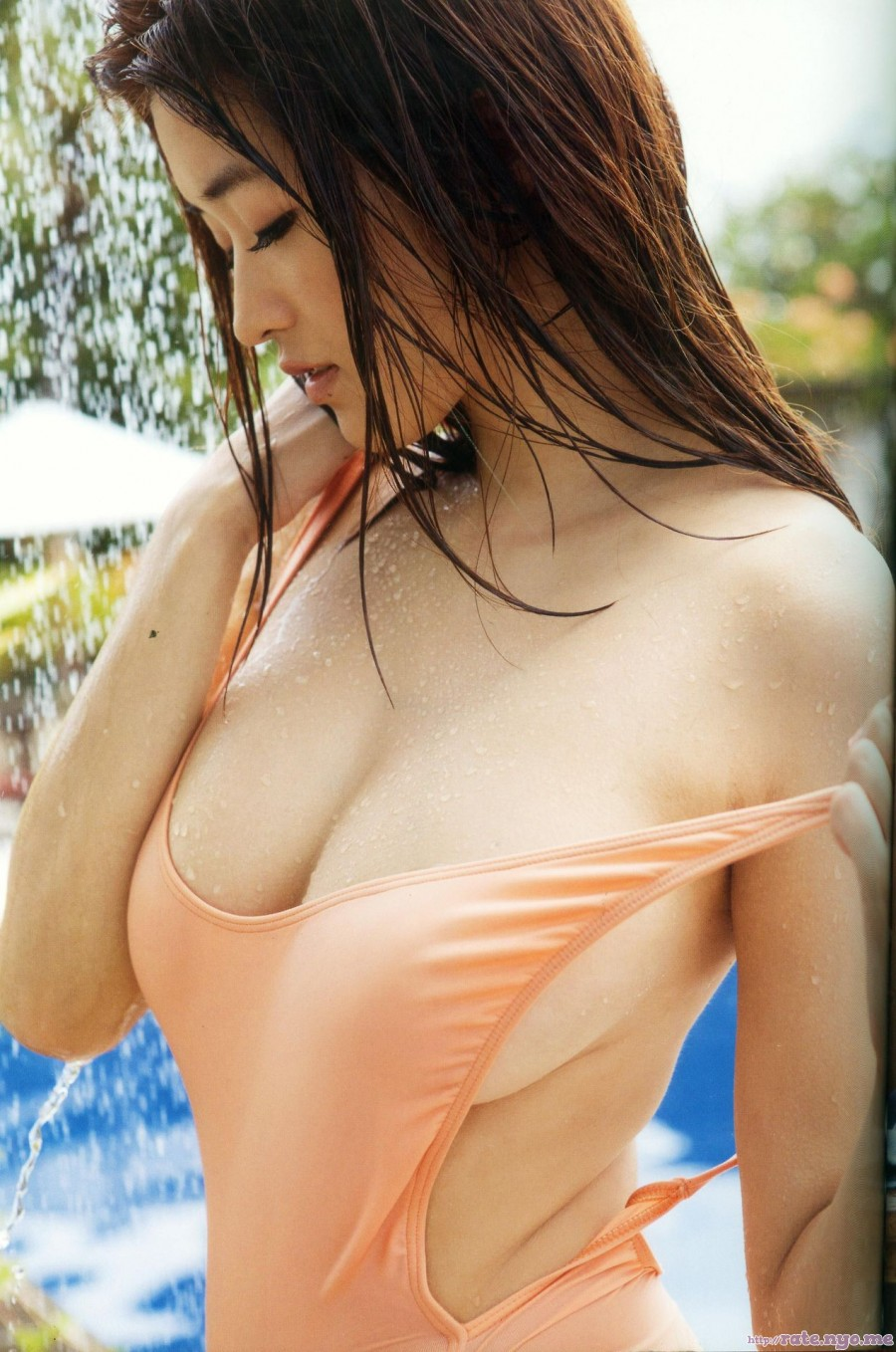 breasts cleavage japanese mai_hakase midriff one-piece shoulders sleeveless undressing wet