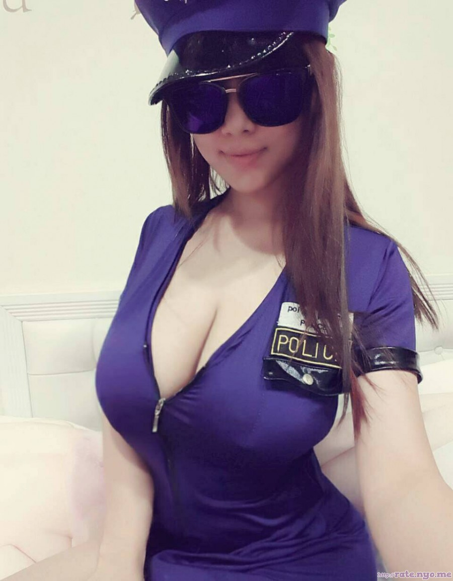 breasts cleavage hat non-celebrity sitting smiling sunglasses taiwanese