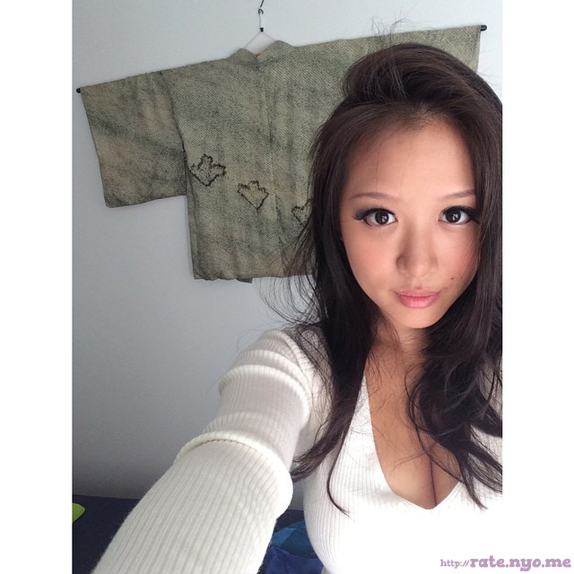 breasts cleavage selfshot singaporean