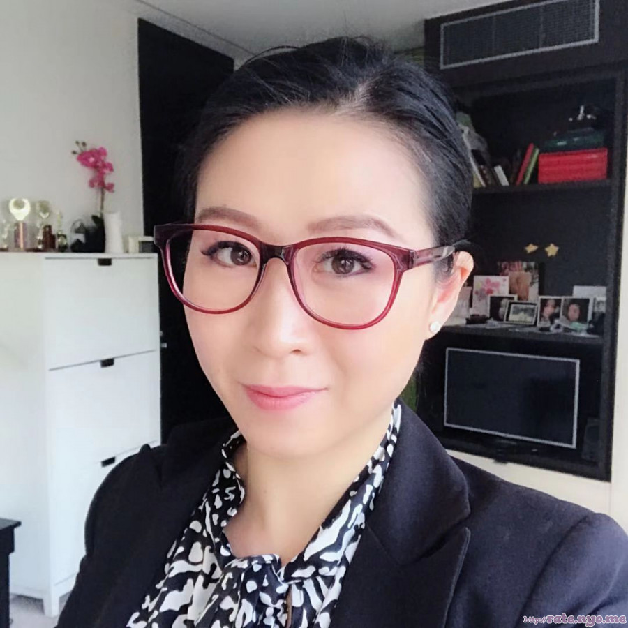 chinese glasses non-celebrity